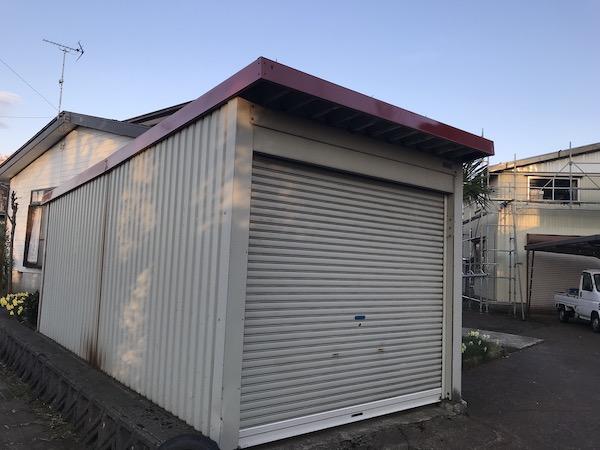 上越市高田地内M様宅屋根塗装工事を行いました!上塗り車庫編