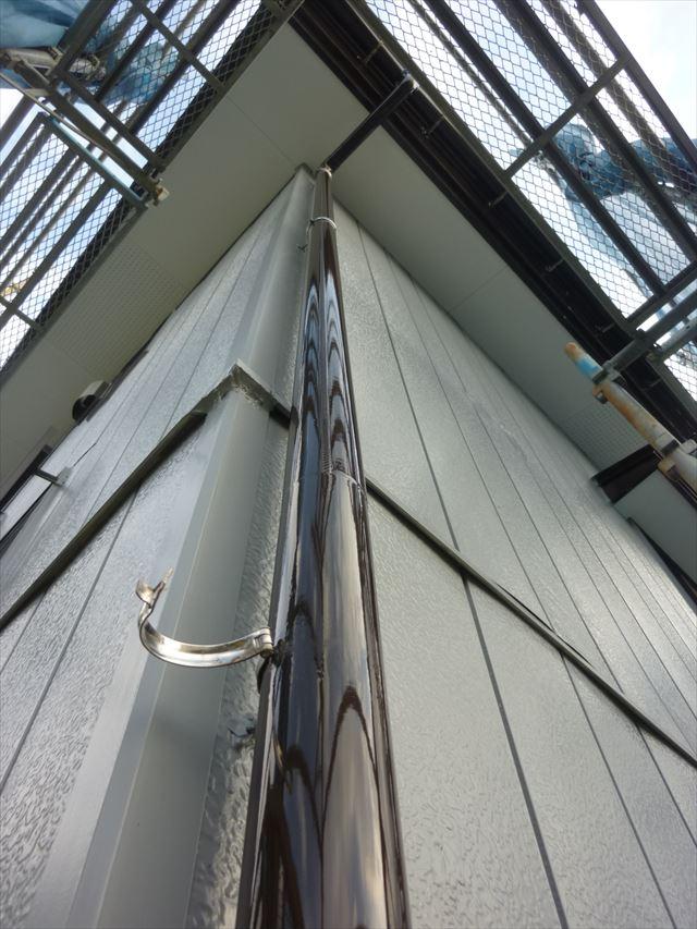 破風板 縦樋