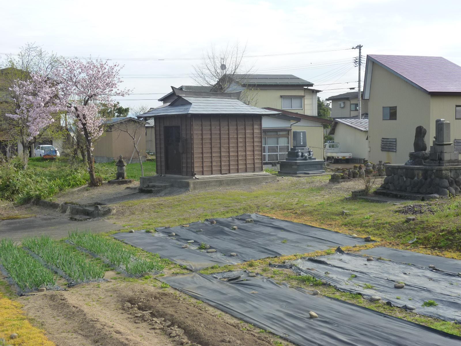 上越市高田地内において屋根軒先部がはずれた!